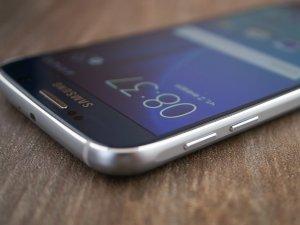 Обзор Samsung Galaxy S6: почти без компромиссов Samsung  - 1431624182_galaxy_s6_13
