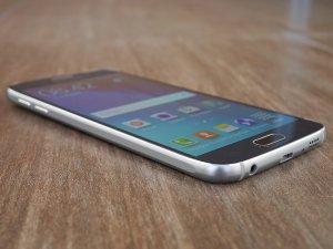 Обзор Samsung Galaxy S6: почти без компромиссов Samsung  - 1431710072_galaxy_s6_20