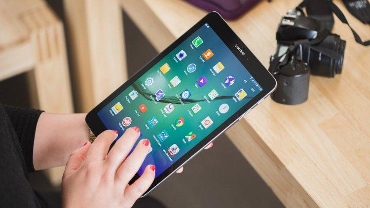 Galaxy Tab S3 показался в Сети Samsung  - galaxy-tab-s3-pokazalsya-v-seti