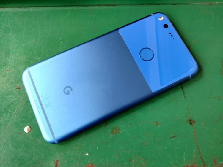 Самый модный цвет смартфона в 2016 году Мир Android  - black_blue1.-750