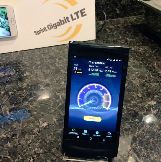 Новый смартфон от Lenovo получит гигабитный LTE-модем Другие устройства  - 85afbac97b199c739437fb834c280c4e