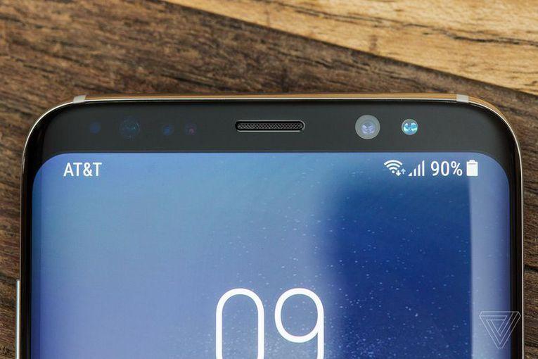 Обзор Samsung Galaxy S8 - Смартфоны без границ Samsung  - d1e0a4bbf4ff3d85fd331db2ee5dd675