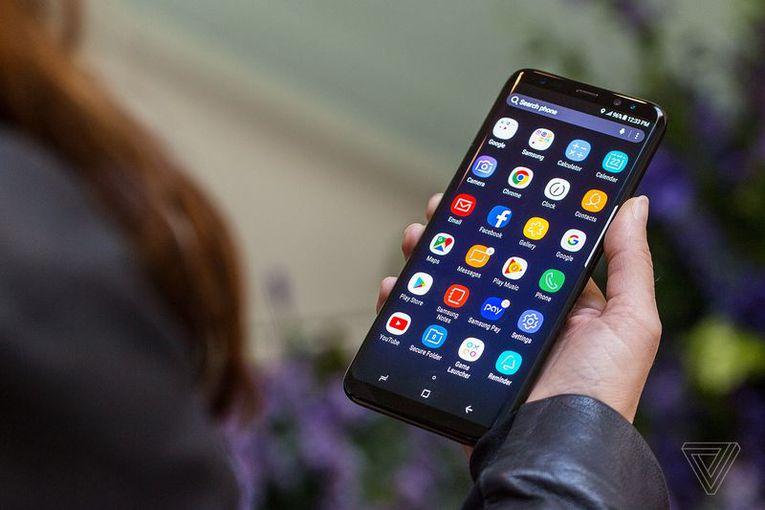 Обзор Samsung Galaxy S8 - Смартфоны без границ Samsung  - d8cc3e2cd30307796f386c92ecbab5b5