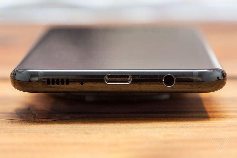 Обзор Samsung Galaxy S8 - Смартфоны без границ Samsung  - e9befe311acdddfaaa0787a9182bfcf9