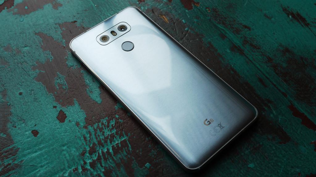 Обзор смартфона LG G6 LG  - 76