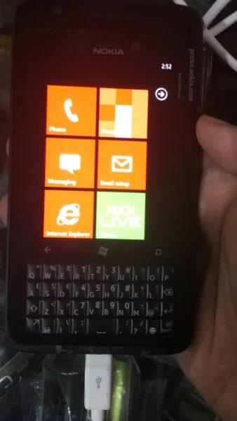 Nokia Lumia с клавиатурой. Живые фото Другие устройства  - nokia_lumia_keyboard_10