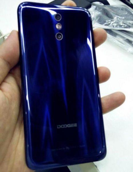 Doogee выпустит BL5000 и Mix Plus, клон Galaxy S8 Другие устройства  - doogee_bl5000_4