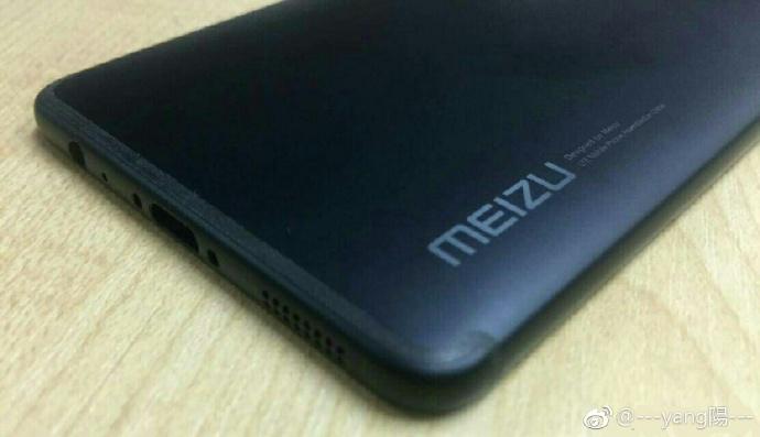 Рендеры и фото Meizu Pro 7 с дополнительным экраном Meizu  - meizu_pro_7_renders_01-1