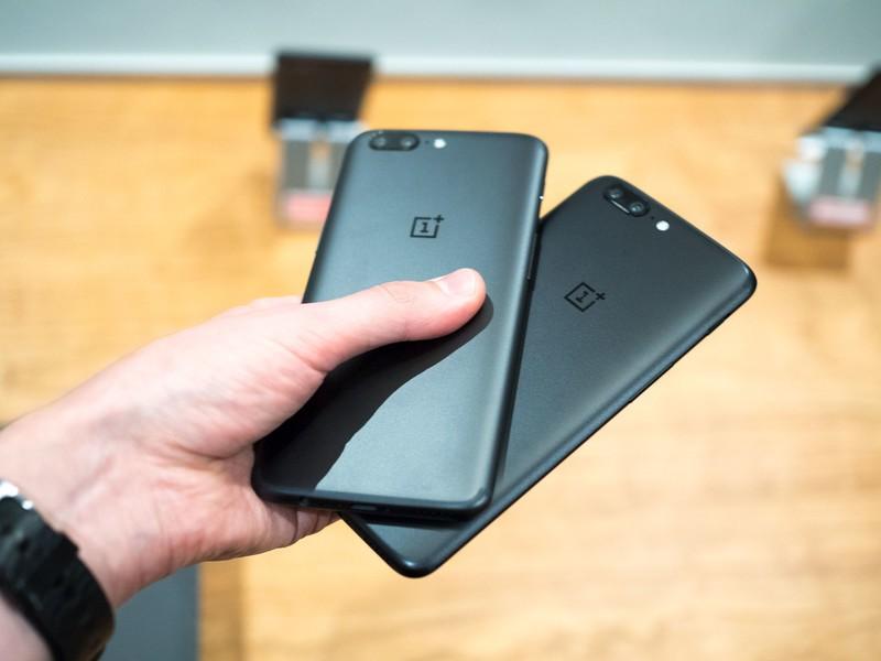 Фото и видео OnePlus 5. Сравнение двух расцветок Другие устройства - oneplus_5_live_02-1