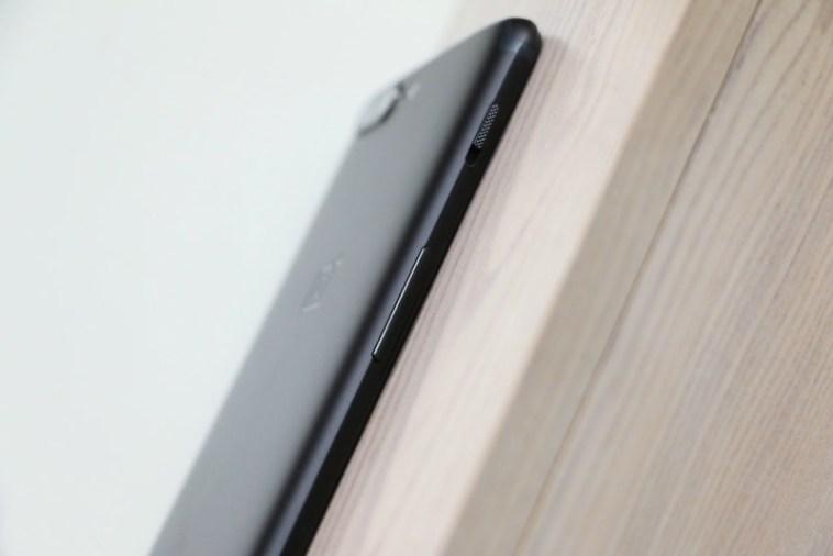 Фото и видео OnePlus 5. Сравнение двух расцветок Другие устройства - oneplus_5_live_12
