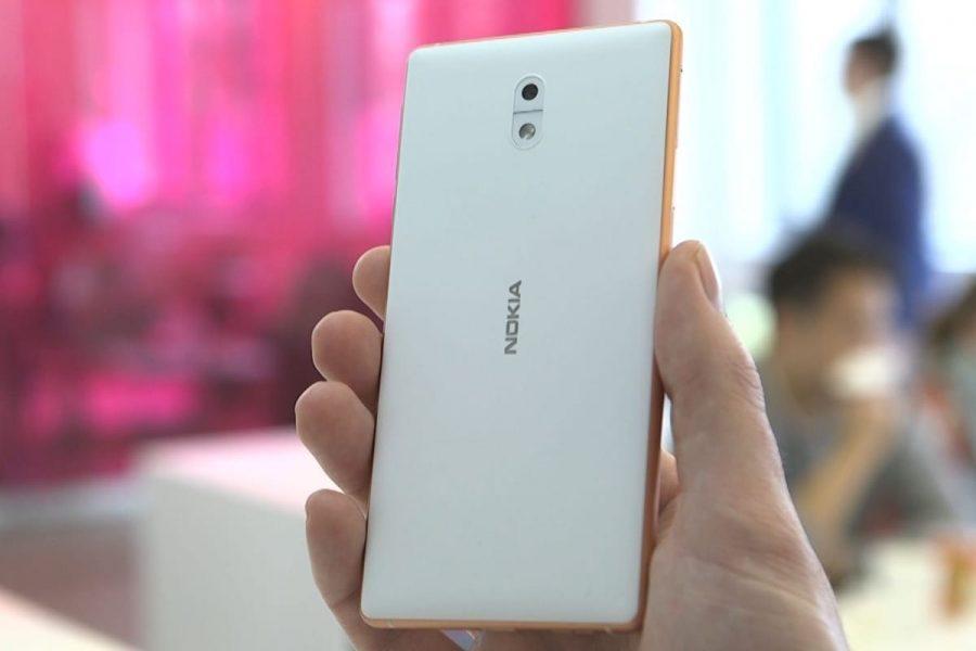 Самый дешевый смартфон Nokia 2 впервые на фото Другие устройства  - nokia-2-2