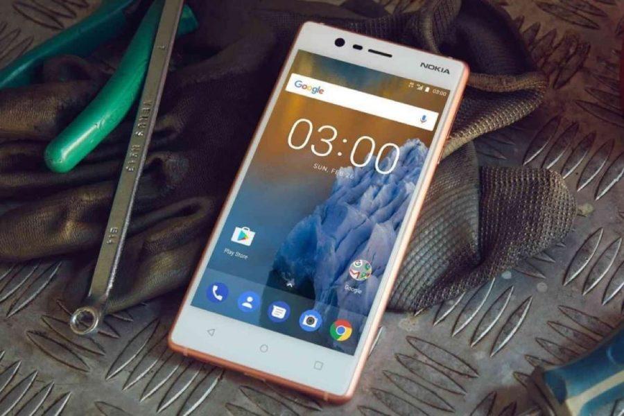 Самый дешевый смартфон Nokia 2 впервые на фото Другие устройства  - nokia-2-55