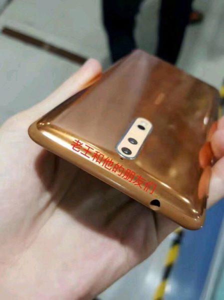 Живые фото Nokia 8 в необычном медном цвете Другие устройства  - nokia_8_copper_wild_08