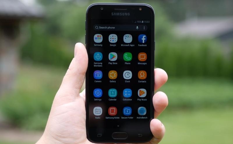 Обзор Samsung Galaxy J3 (2017): бюджетный смартфон с хорошей камерой и вспышкой Samsung  - screenshot_1