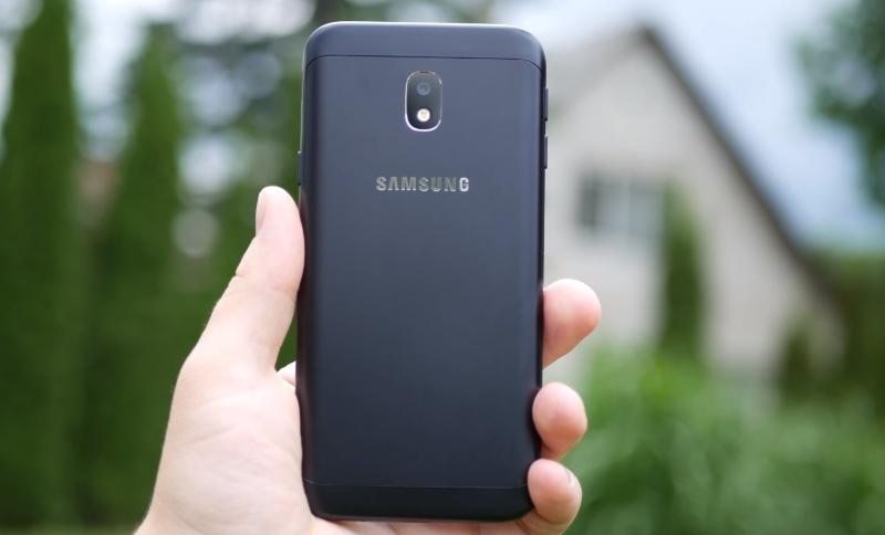 Обзор Samsung Galaxy J3 (2017): бюджетный смартфон с хорошей камерой и вспышкой Samsung  - screenshot_5-1