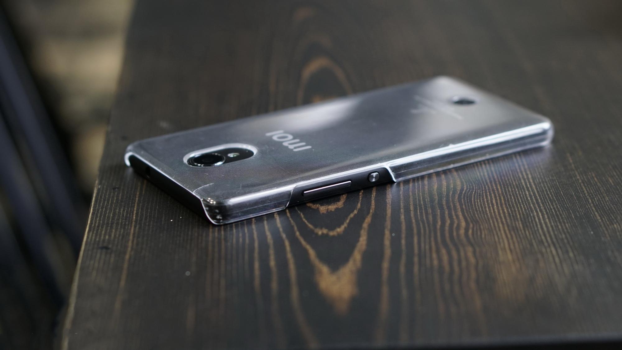 Обзор Inoi R7: необычный смартфон с российским происхождением на системе Sailfish OS Другие устройства  - inoi_r7_obzor_10