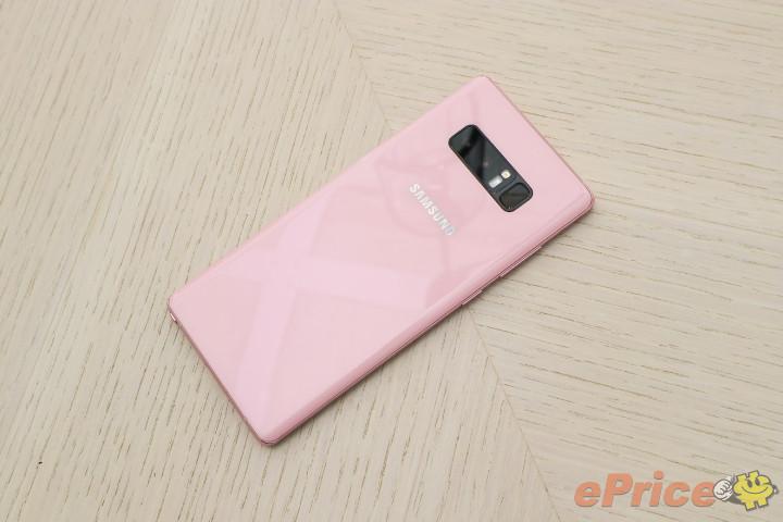 Розовому Samsung Galaxy Note 8 быть. Гаджет представлен в Тайване Samsung  - samsung_galaxy_note_8_pink_2