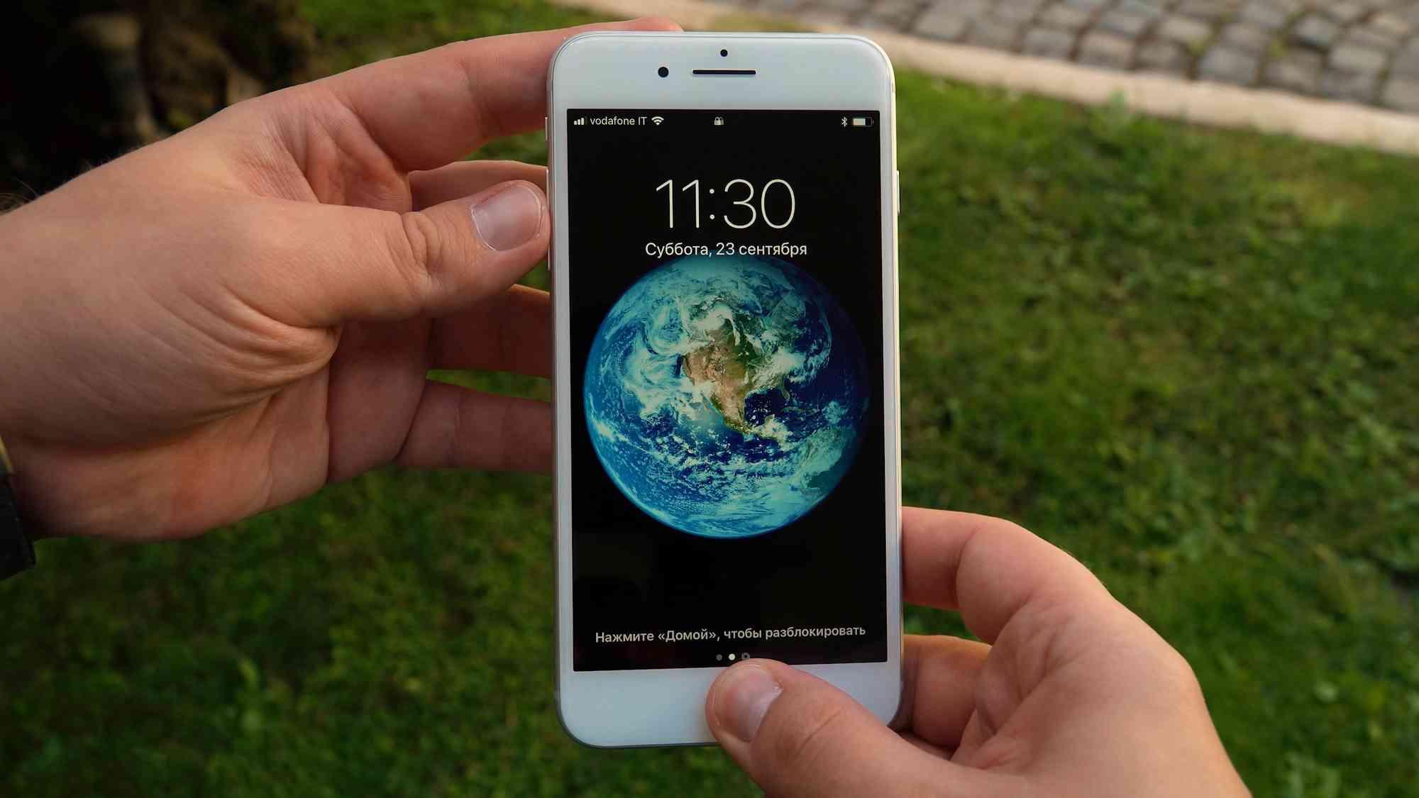 Первый, быстрый обзор iPhone 8 Plus с реальными фото Apple  - iphone8plus_obzor_02-1