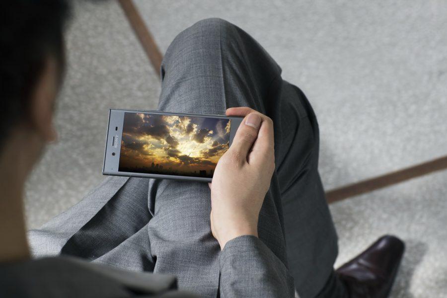 Небольшой обзор на Sony Xperia XZ1, XZ1 Compact и XA1 Plus Другие устройства  - sony_xperia_xz1_promo_04