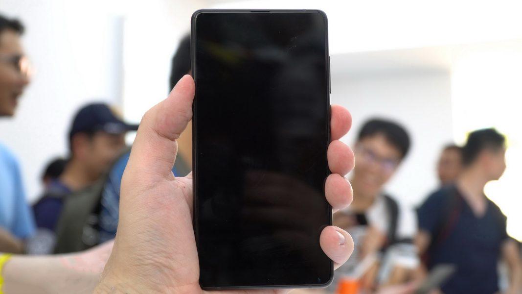Обзор на новый Xiaomi Mi Mix 2 Xiaomi  - xiaomi_mi_mix2_live_01