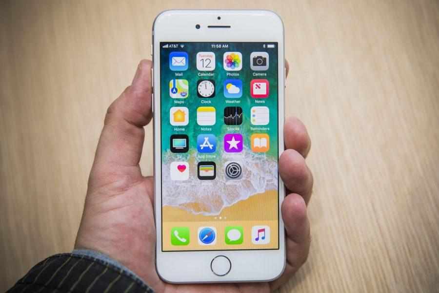 Будущие iPhone не будут работать в России Apple  - apple-iphone-8-2018-8