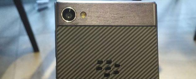 BlackBerry Motion от TCL: фото и характеристики Другие устройства  - blackberry_motion_2