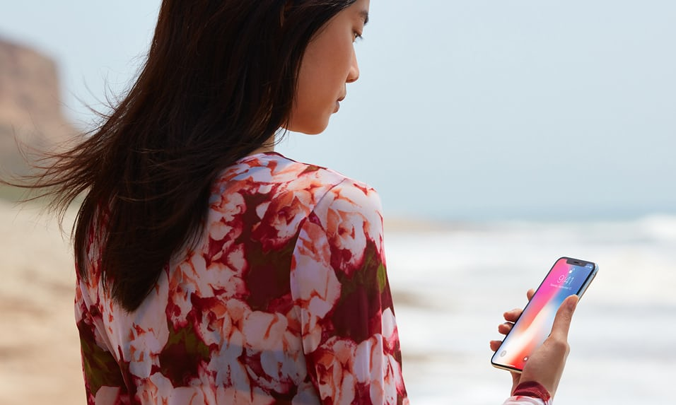 Apple отрицает ухудшение контроля качества за iPhone X Apple  - face_id