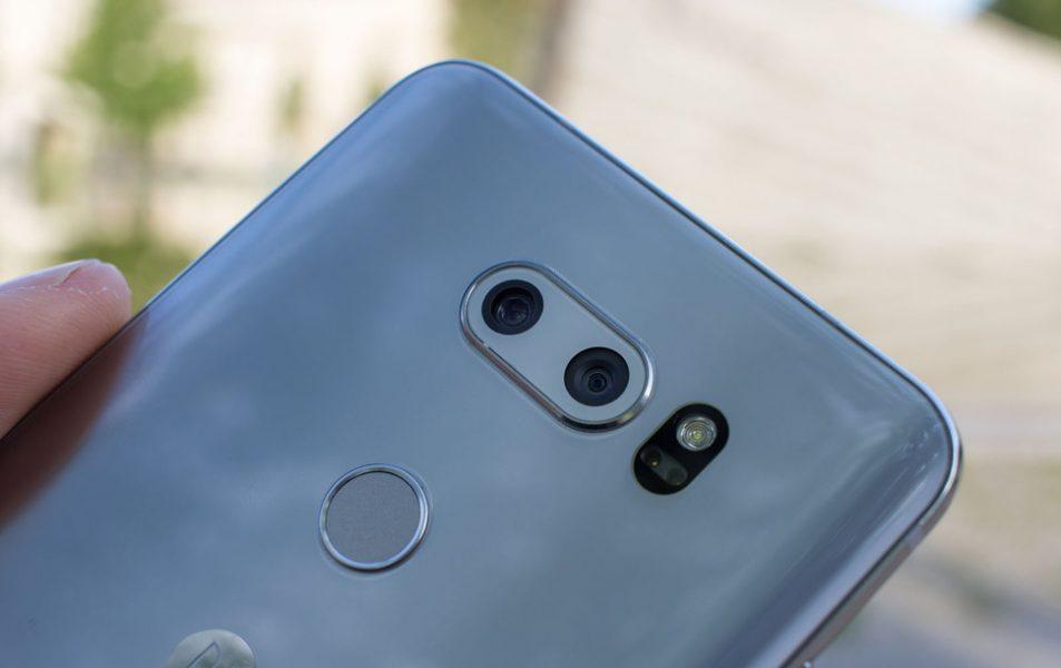 Обзор нового флагмана LG V30. Гаджет, которым хочется обладать LG  - lg-v30-kamera-zadnyaya-panel