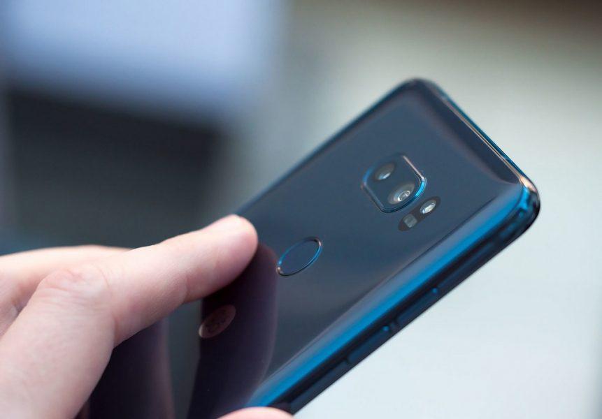 Обзор нового флагмана LG V30. Гаджет, которым хочется обладать LG  - lg-v30-moroccan-blue-photo-4