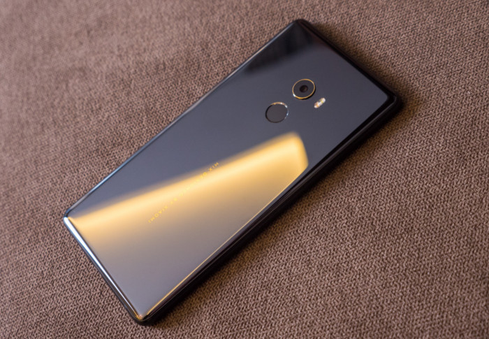 Обзор нового безрамочного Xiaomi Mi Mix 2 Xiaomi  - mimix2_08