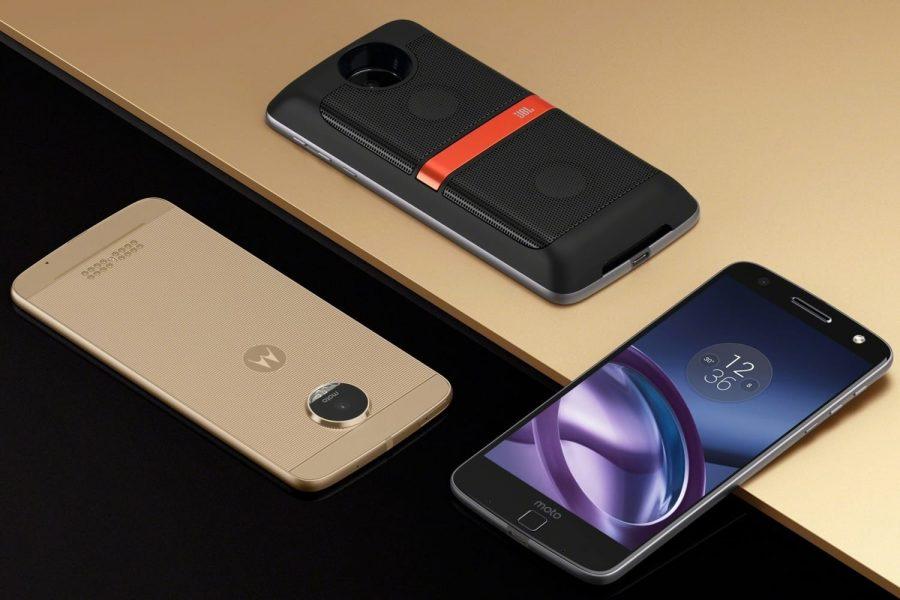 Смартфоны Motorola с сильно провались в продажах в России Другие устройства  - motorola-moto-russia-2