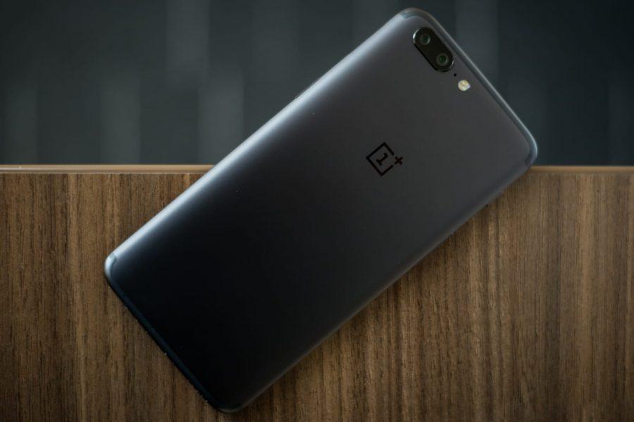 OnePlus 5T на живой фантастической фотографии - сроки анонса Другие устройства  - oneplus-5t-price-2