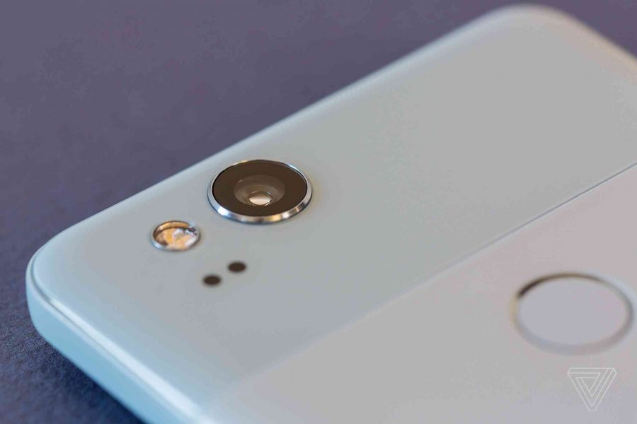 Примеры фото с Google Pixel 2 и лучшей камеры Другие устройства  - pixel_2_pixel_2_xl_hands_on_07-1