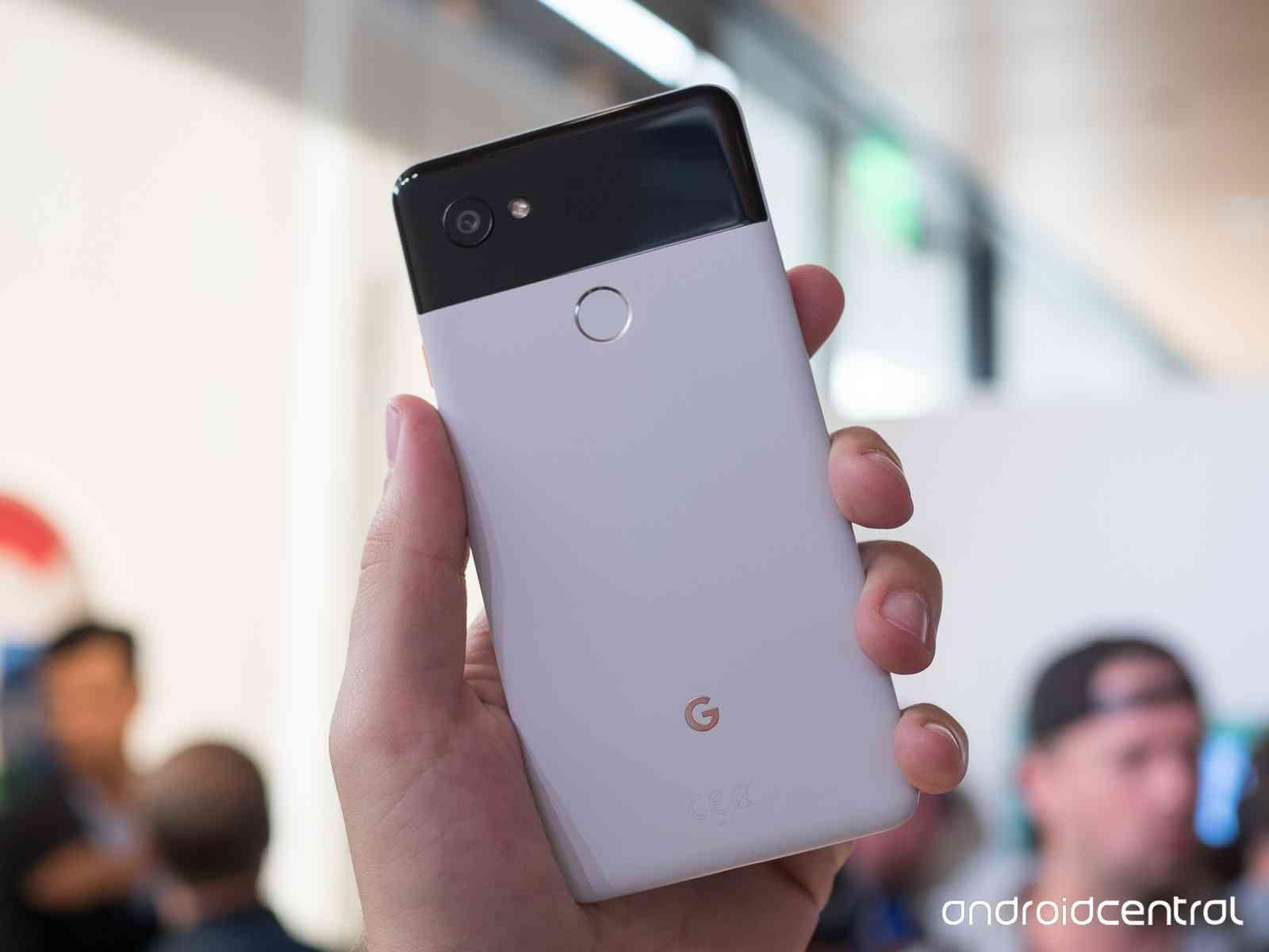 Примеры фото с Google Pixel 2 и лучшей камеры Другие устройства  - pixel_2_pixel_2_xl_hands_on_12-1