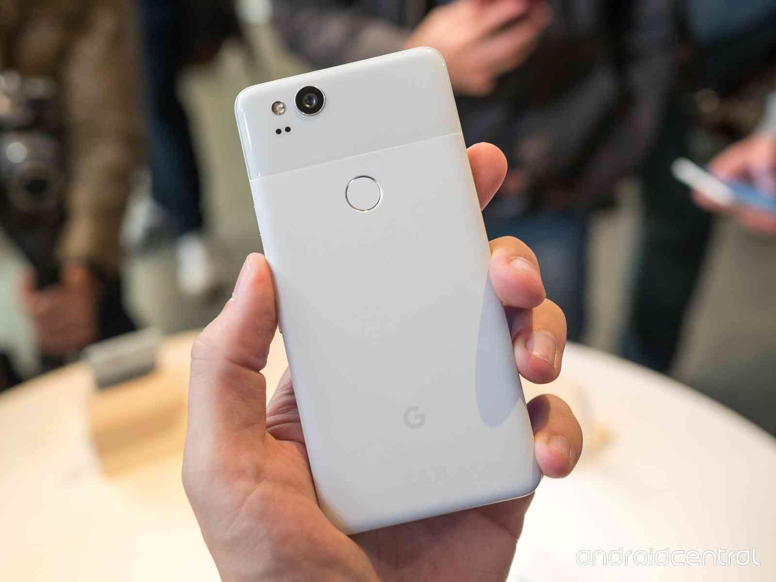 Примеры фото с Google Pixel 2 и лучшей камеры Другие устройства  - pixel_2_pixel_2_xl_hands_on_20-1