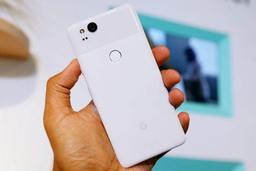 Google «кинула» своих новых фанатов Google Pixel 2 Другие устройства  - usb-c-digital-to-3.5-mm-google-pixel-2-55