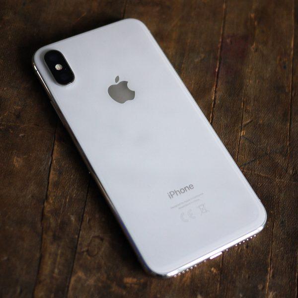 Обзор нового iPhone X - в ногу со временем Apple  - 0