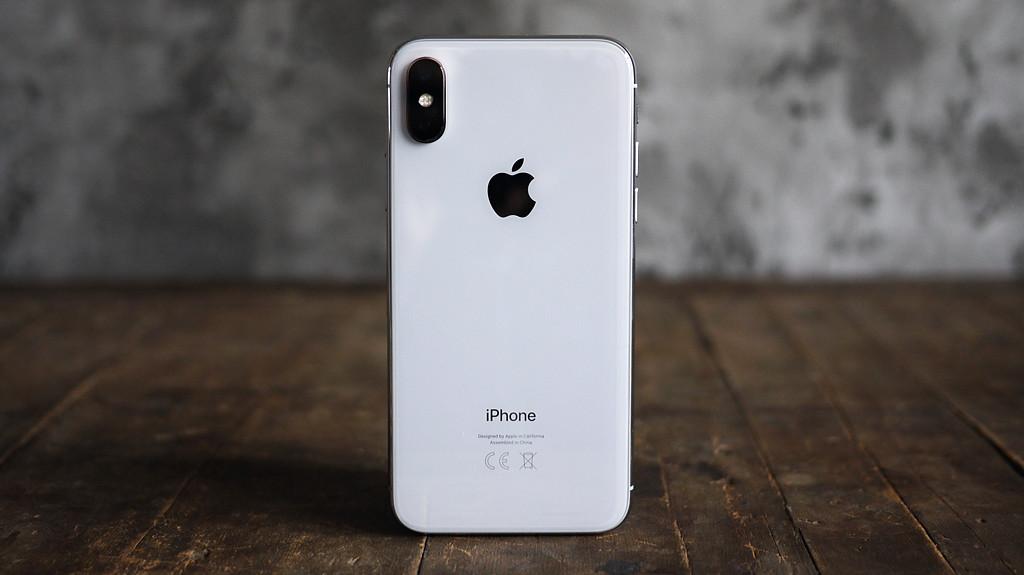 Обзор нового iPhone X - в ногу со временем Apple  - 1