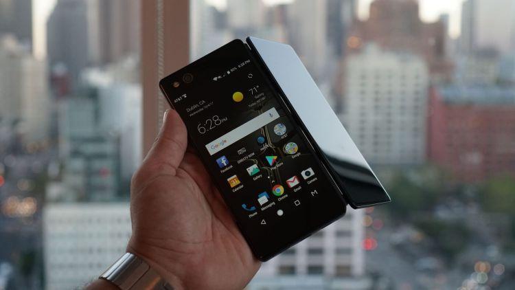 Изгибаемый Galaxy X засветился на сайте Samsung Samsung  - axon-m.-750