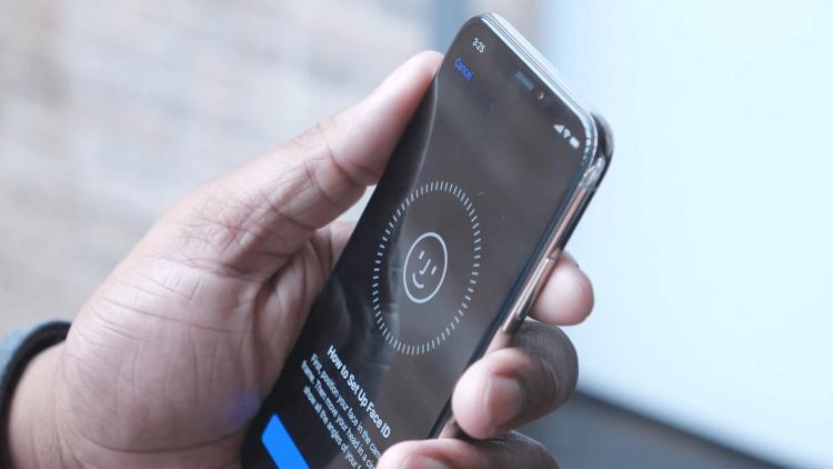 Инженер Samsung рассказал об одном из очень важных нововведений Galaxy S9 Samsung  - face-id.-750