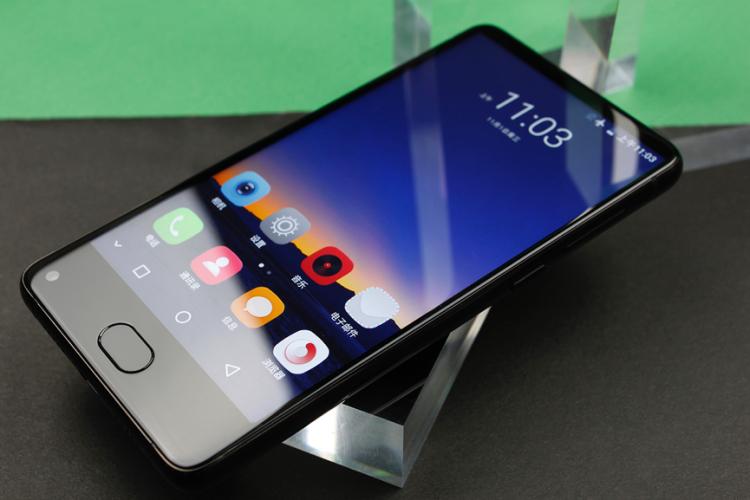 UHANS атакует бюджетные смартфоны Другие устройства  - uhans2.-750