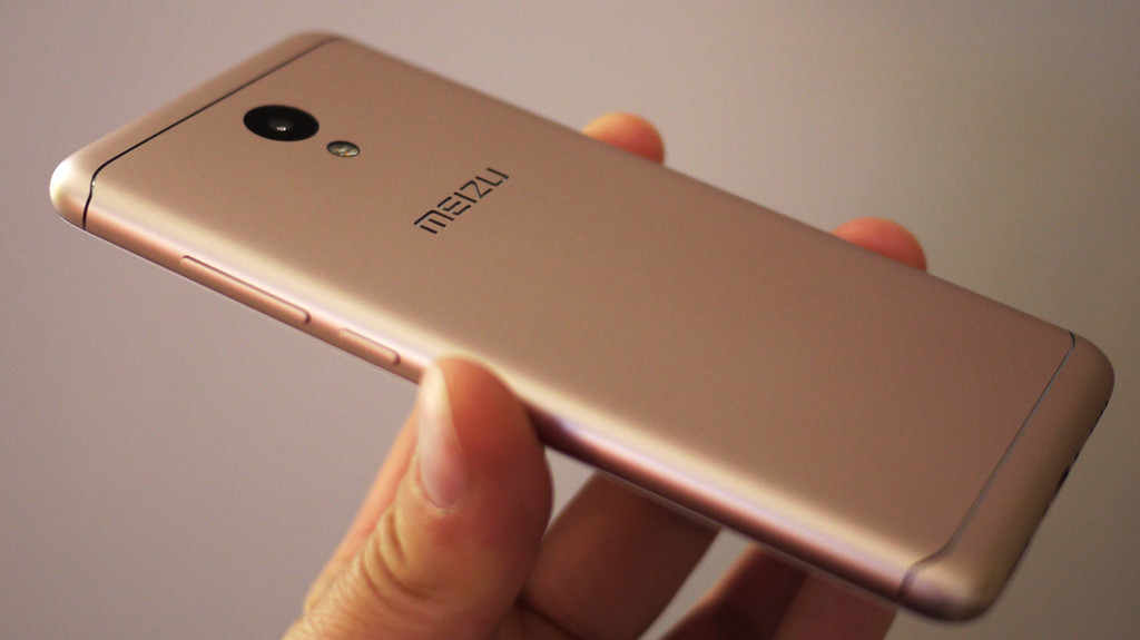 Обзор Meizu M6: компактный смартфон с амбициями Meizu - 2
