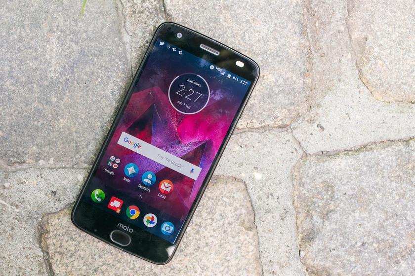 Moto Z2 Force от Verizon начал активно обновляться до свежей Android 8.0 Другие устройства  - c5ddfa5fab5297a19c753faed6d4aa6c