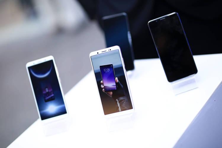 Vivo официально станет продавать свои смартфоны в России Другие устройства - img_7805-2.-750