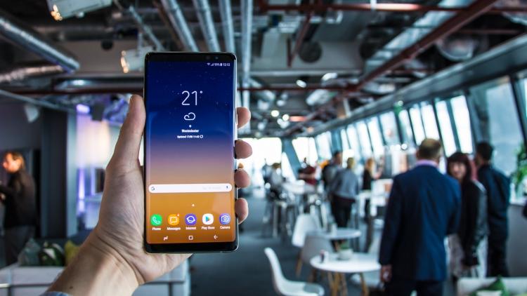 Цена Galaxy Note 8 в России сильно снизилась, и продается ниже 50 тысяч рублей Samsung  - note8-1.-750