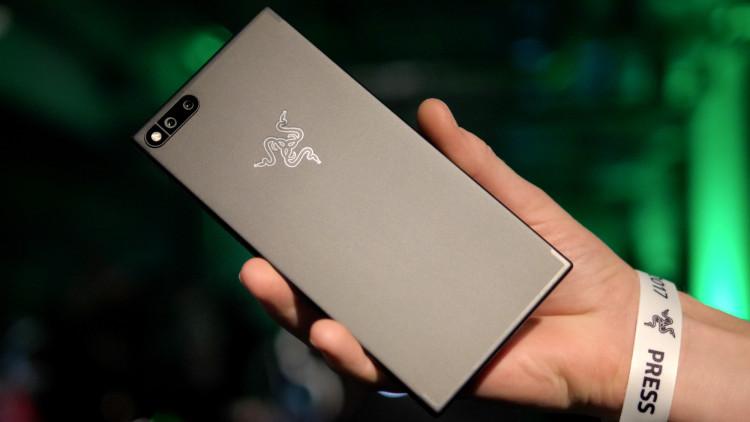 Razer Phone заинтересовалось гораздо больше потребителей, чем смартфоном Nokia Другие устройства  - razer-phone.-750