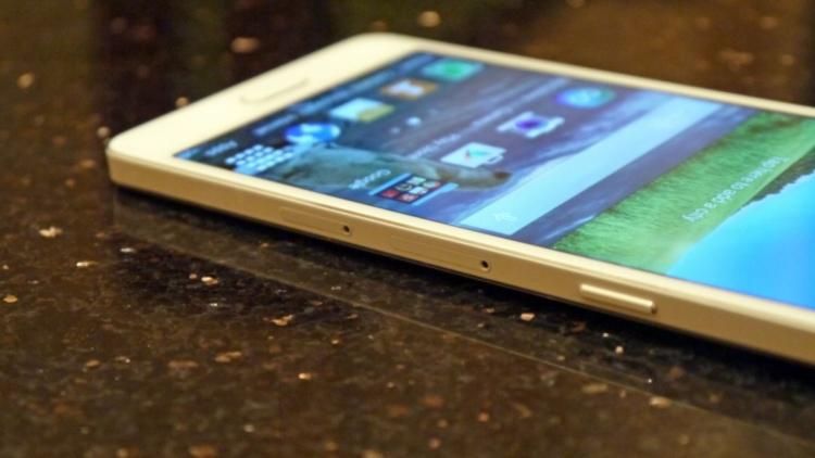 Samsung анонсировала новый чип Exynos 7872 для среднего класса Samsung  - One-A8.-750