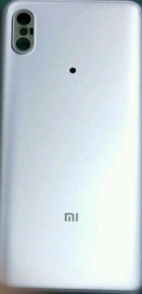 Xiaomi Mi6X в стиле iPhone X (реальное фото) Xiaomi  - xiaomi_mi6x_pics_01
