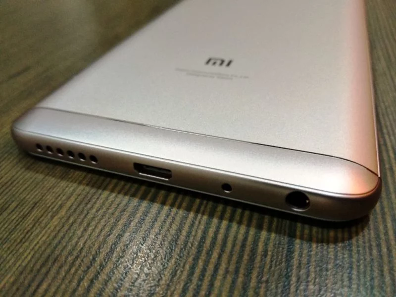 Ослепительно привлекательный Redmi Note 5 Pro на новых фото Xiaomi  - 1234567890-1