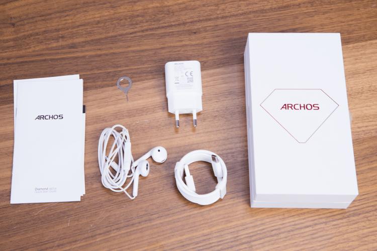 Archos Diamond Alpha: смартфон, который стоит изучить Другие устройства  - 5dm36854.-750